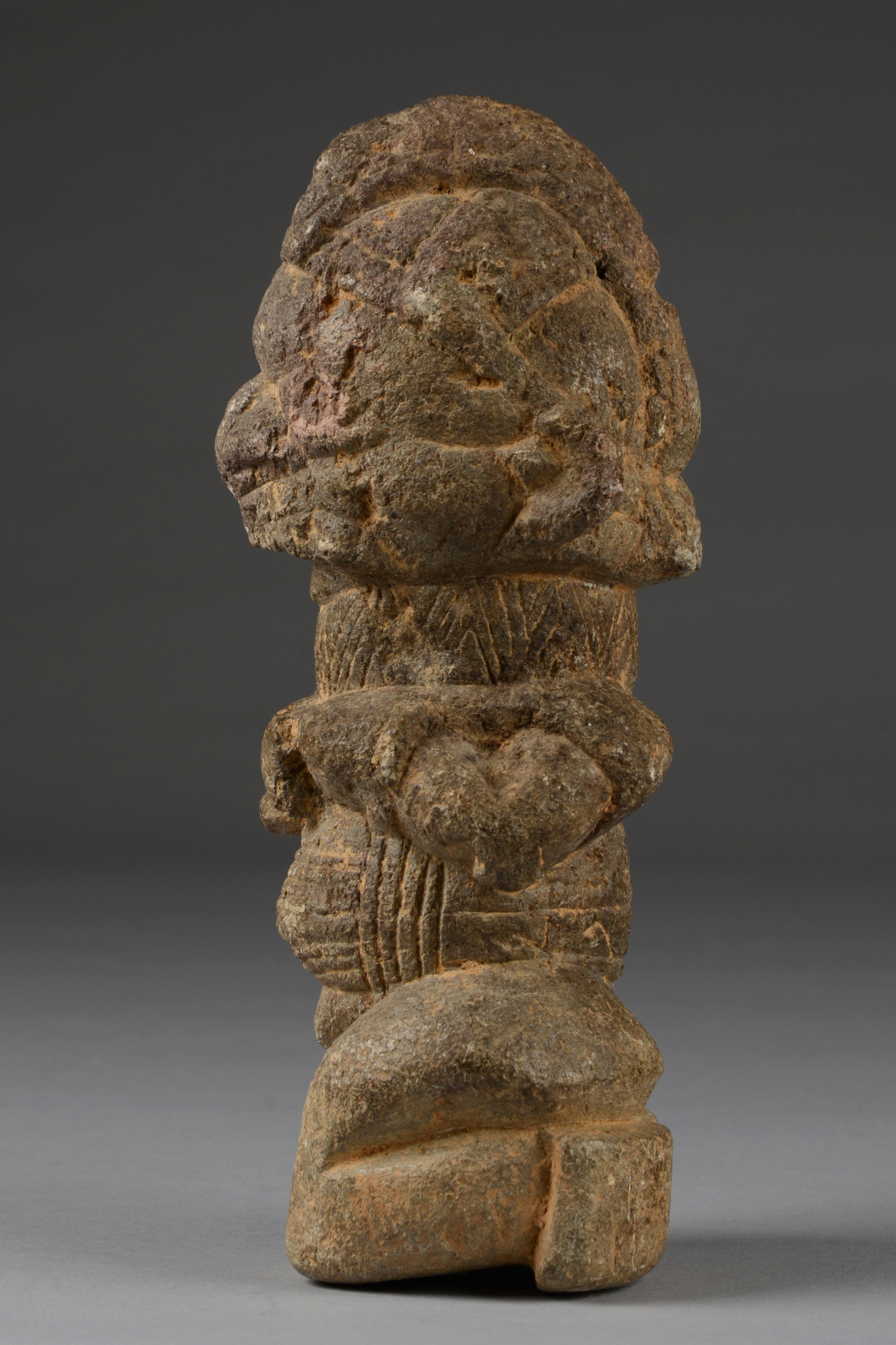 "Kneeling figure ""pomdo"" or ""nomoli"""
