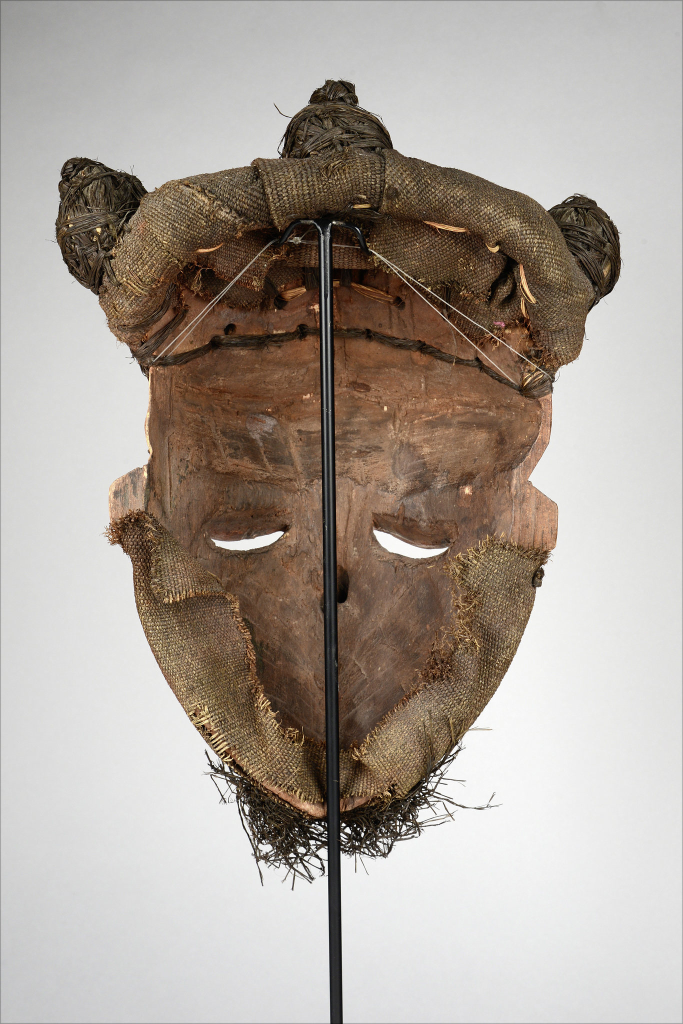 "Mask ""fumu"" or ""pumbu"""
