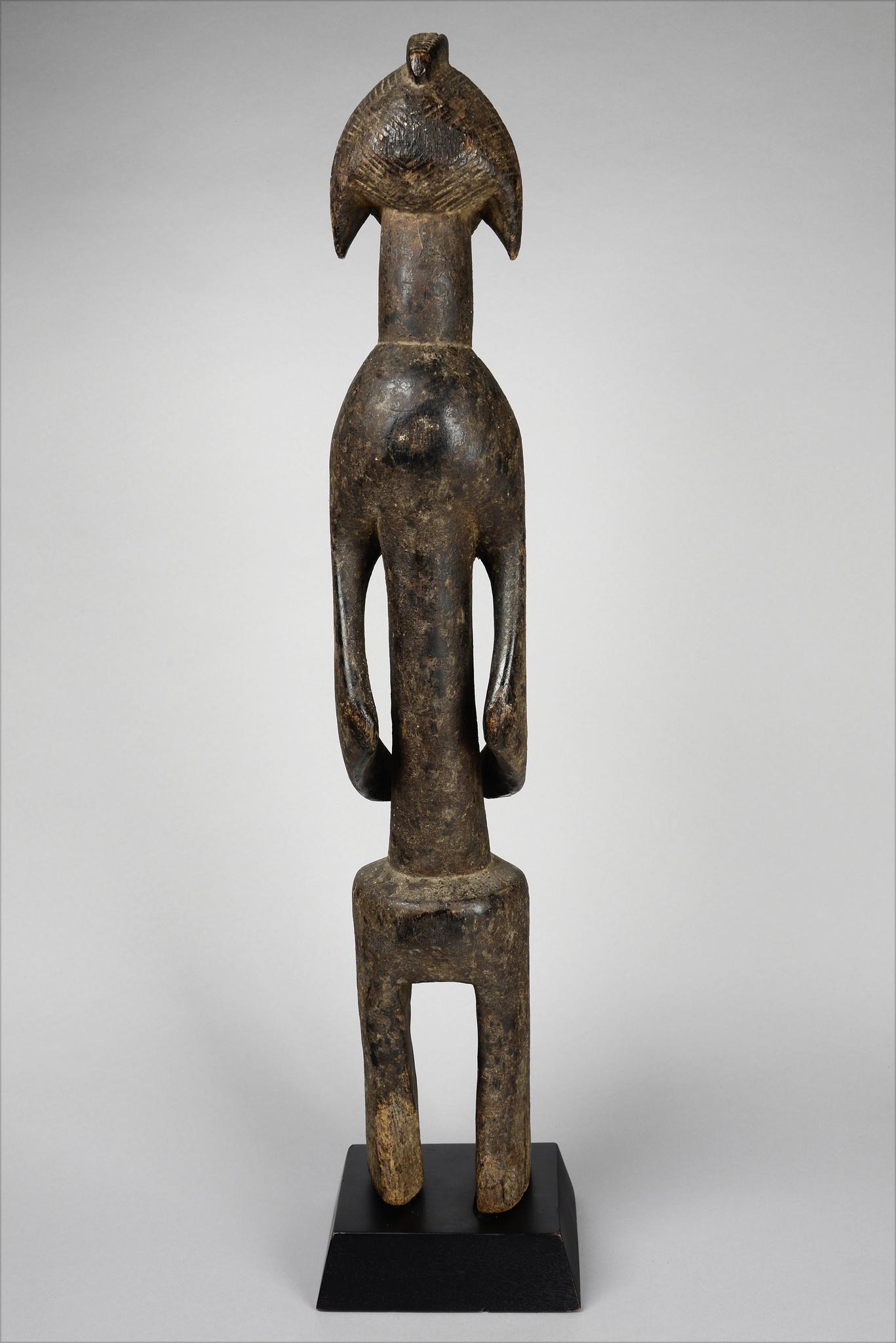 "Anthropomorphic figure ""iagalagana"""