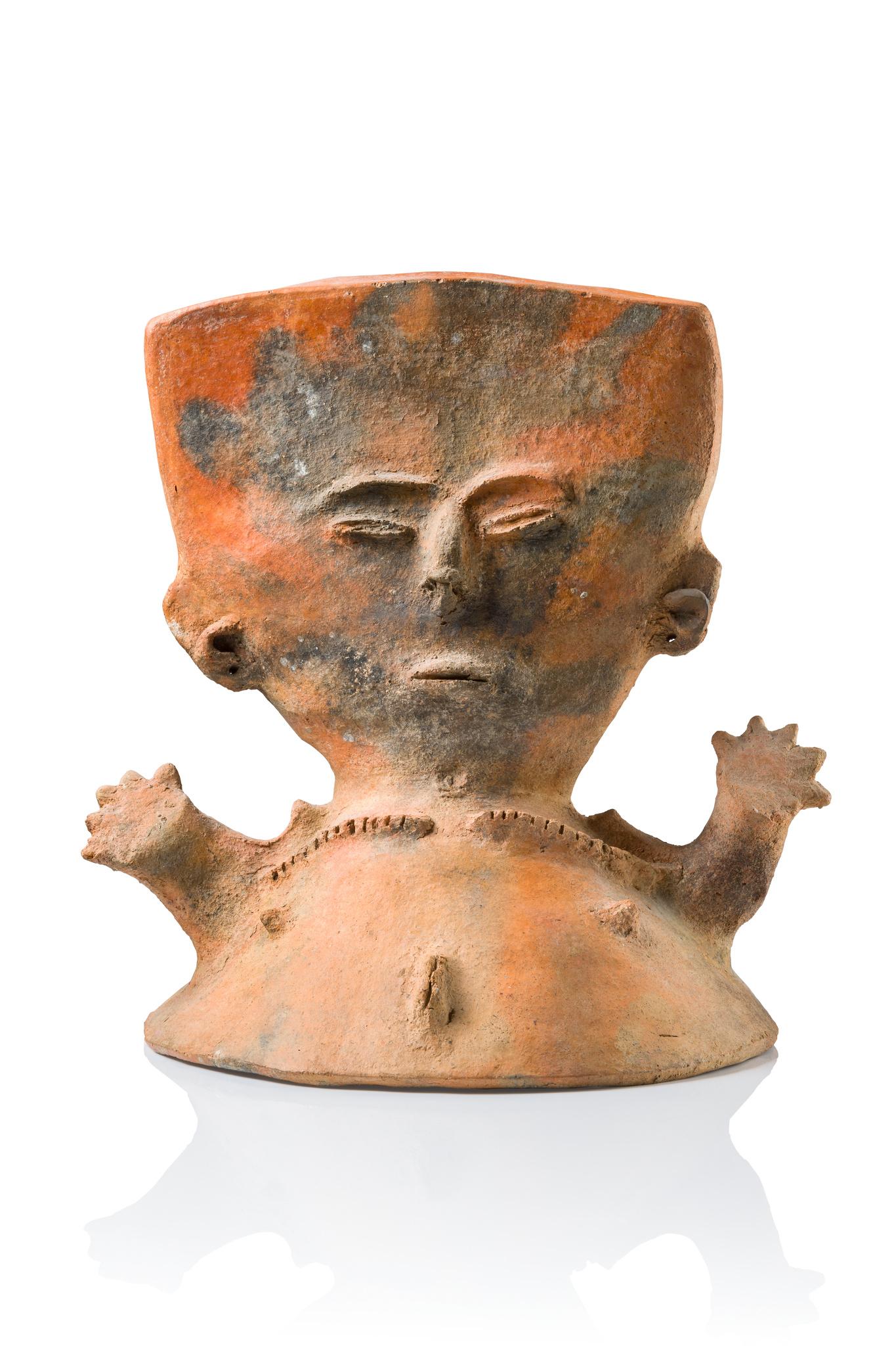 Figural urn cover