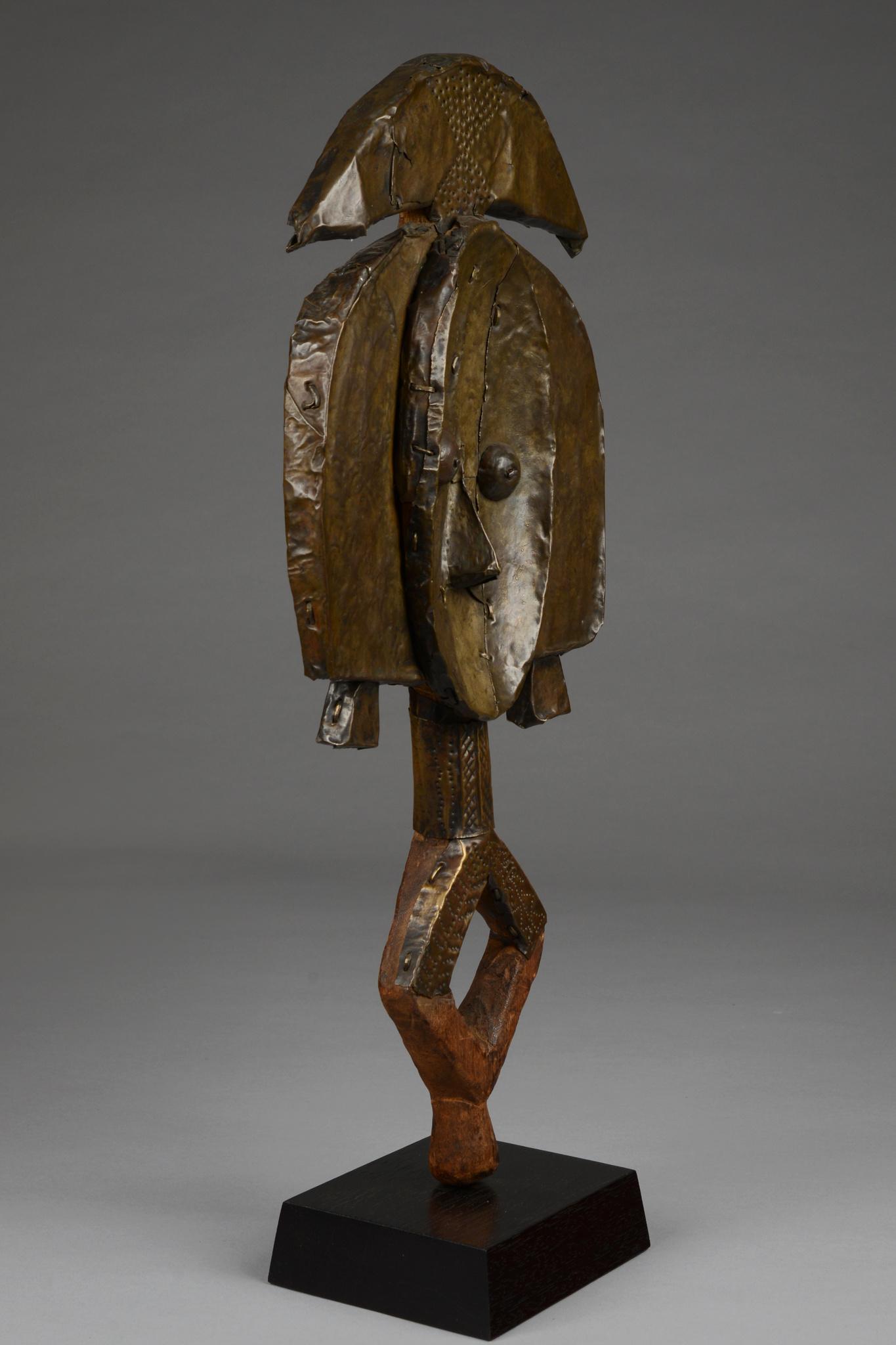 """Figure gardienne de reliquaire """"mbulu-ngulu"""""""