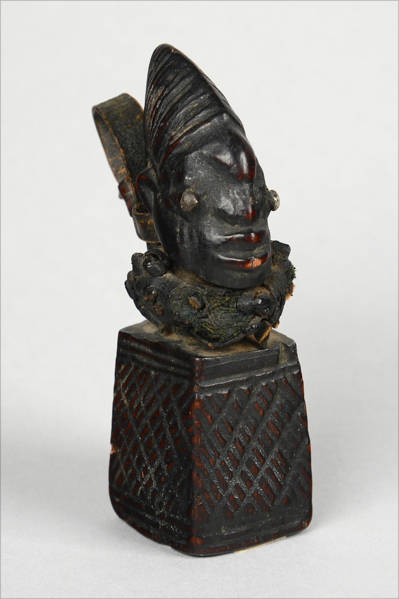 "Amulet of the ""eshu"" cult"