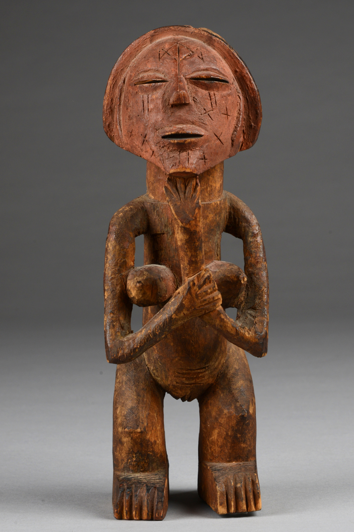 "Female power figure ""mvunzi"""