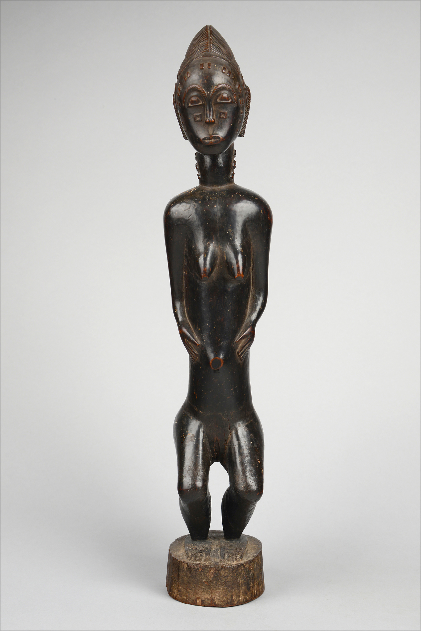 """Female figure """"waka sona"""""""