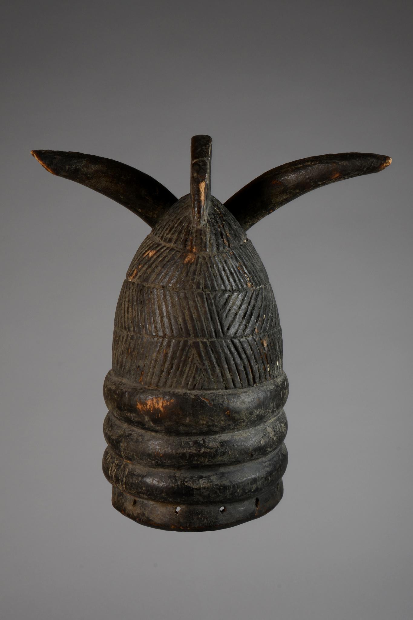 """Helmmaske """"ndoli jowei"""" der """"sande"""" (oder """"bundu"""") - Gesellschaft"""
