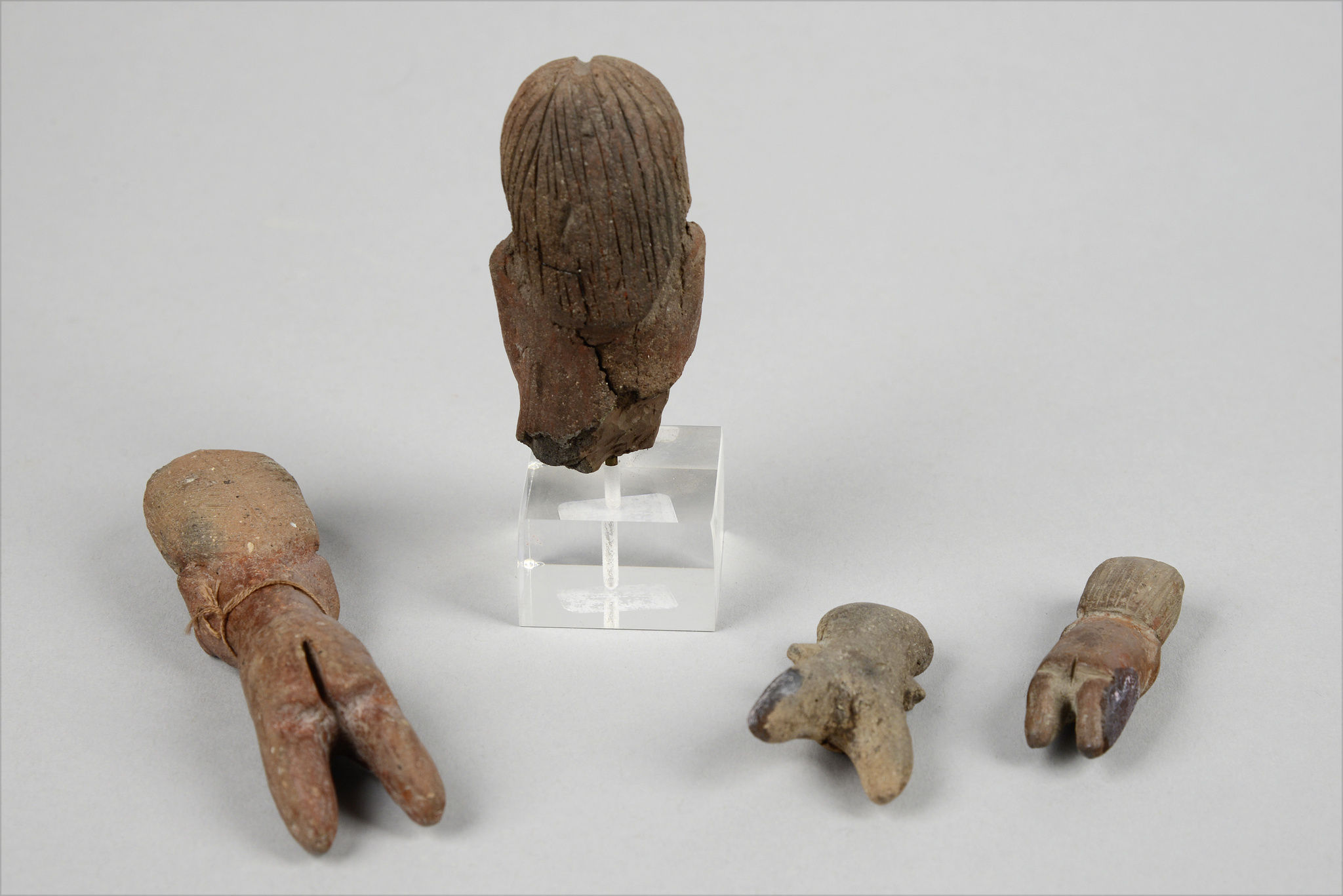 Four female figures, ca. 2300-2000 BC