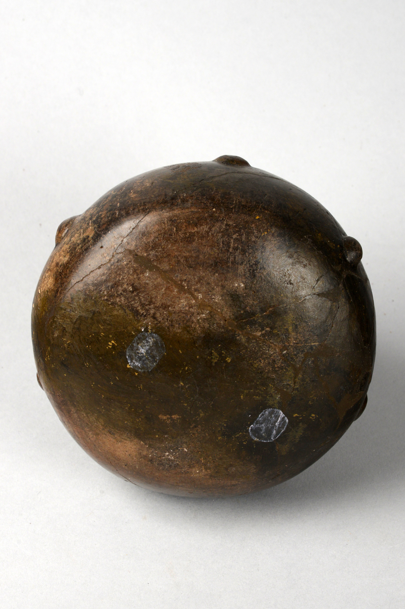 Stirrup vessel, ca. 600-300 AD