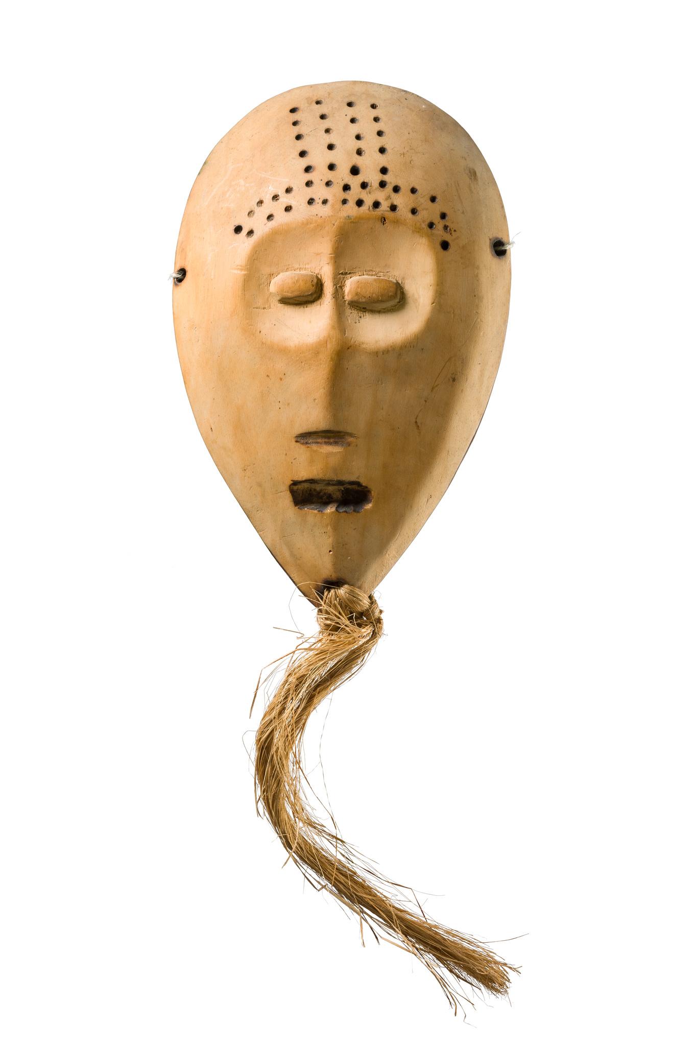 """Maske """"idimu"""" der """"bwami""""- Gesellschaft, vor 1930"""