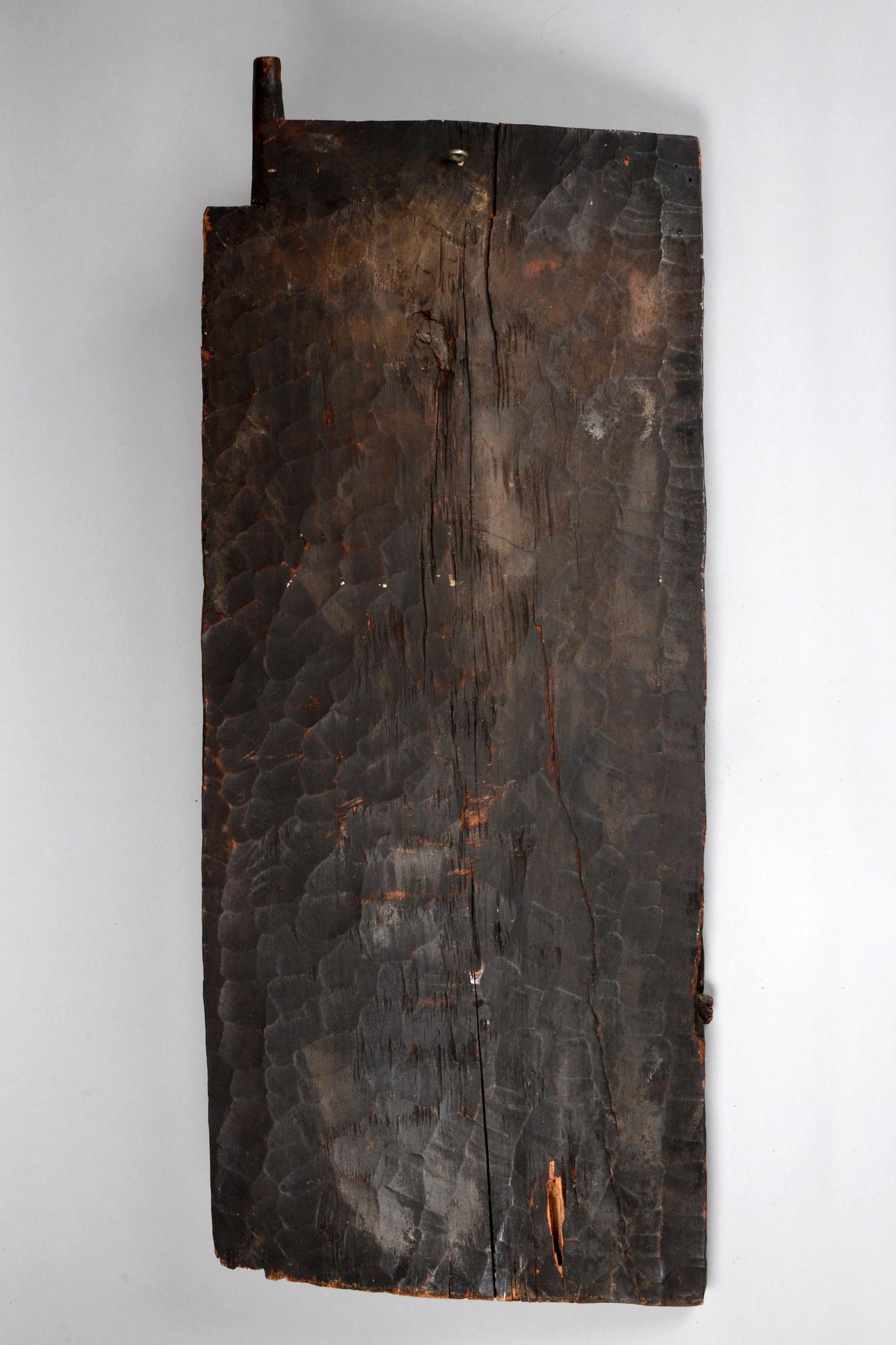 """Door with lizard motif """"ilik"""""""