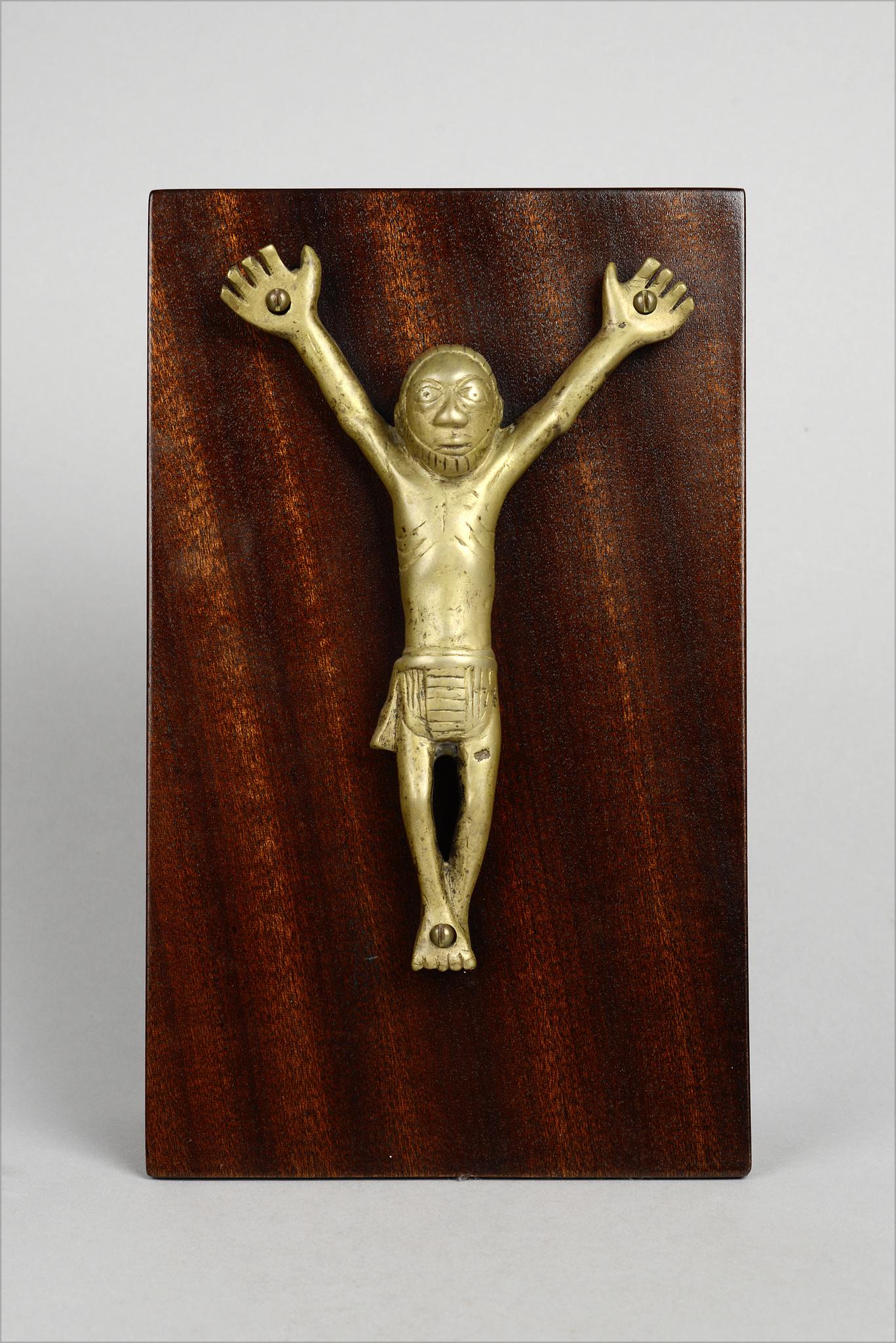"Figure of the Crucified ""nkangi kiditu"""