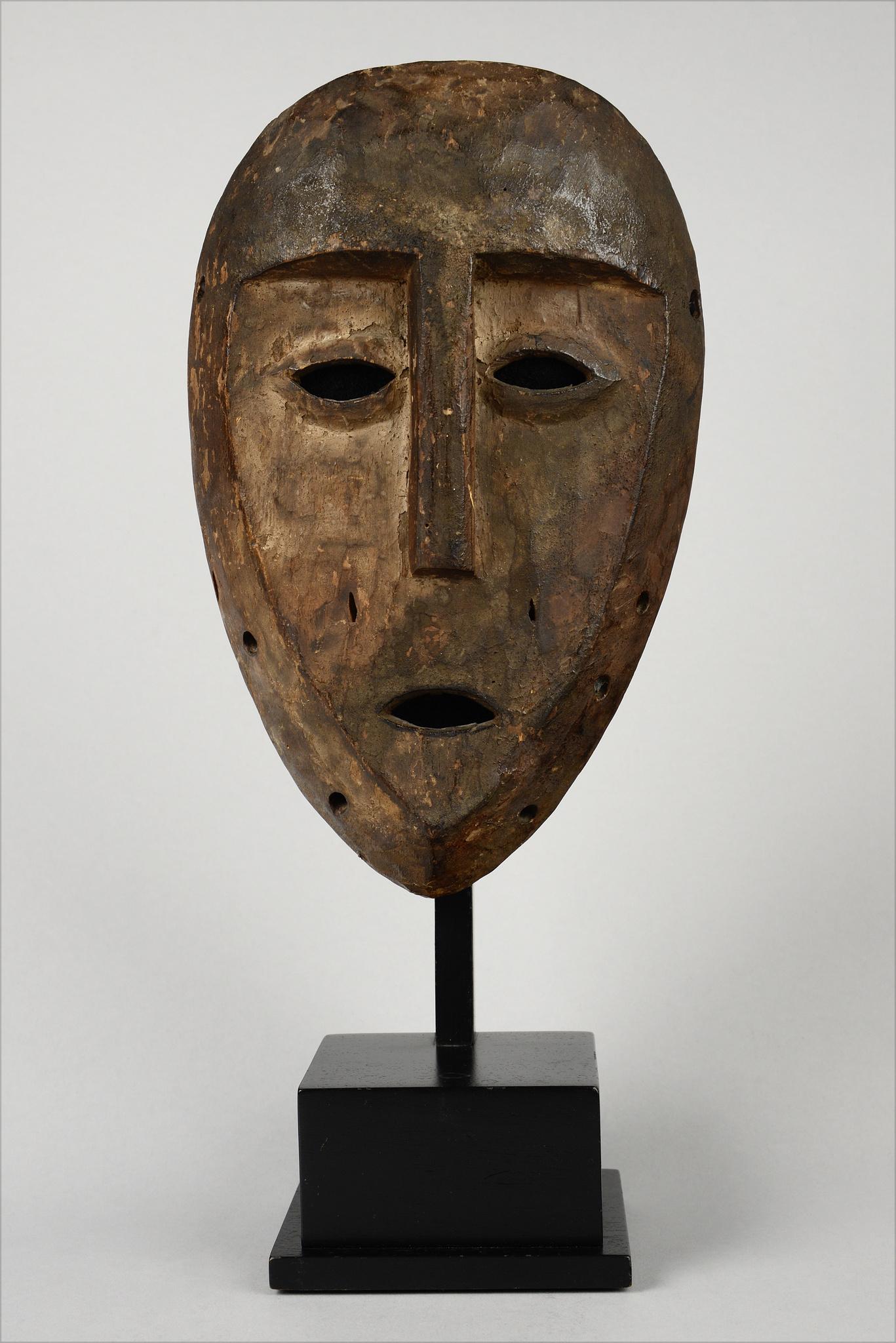"""""""Bwami"""" society mask """"idimu"""""""