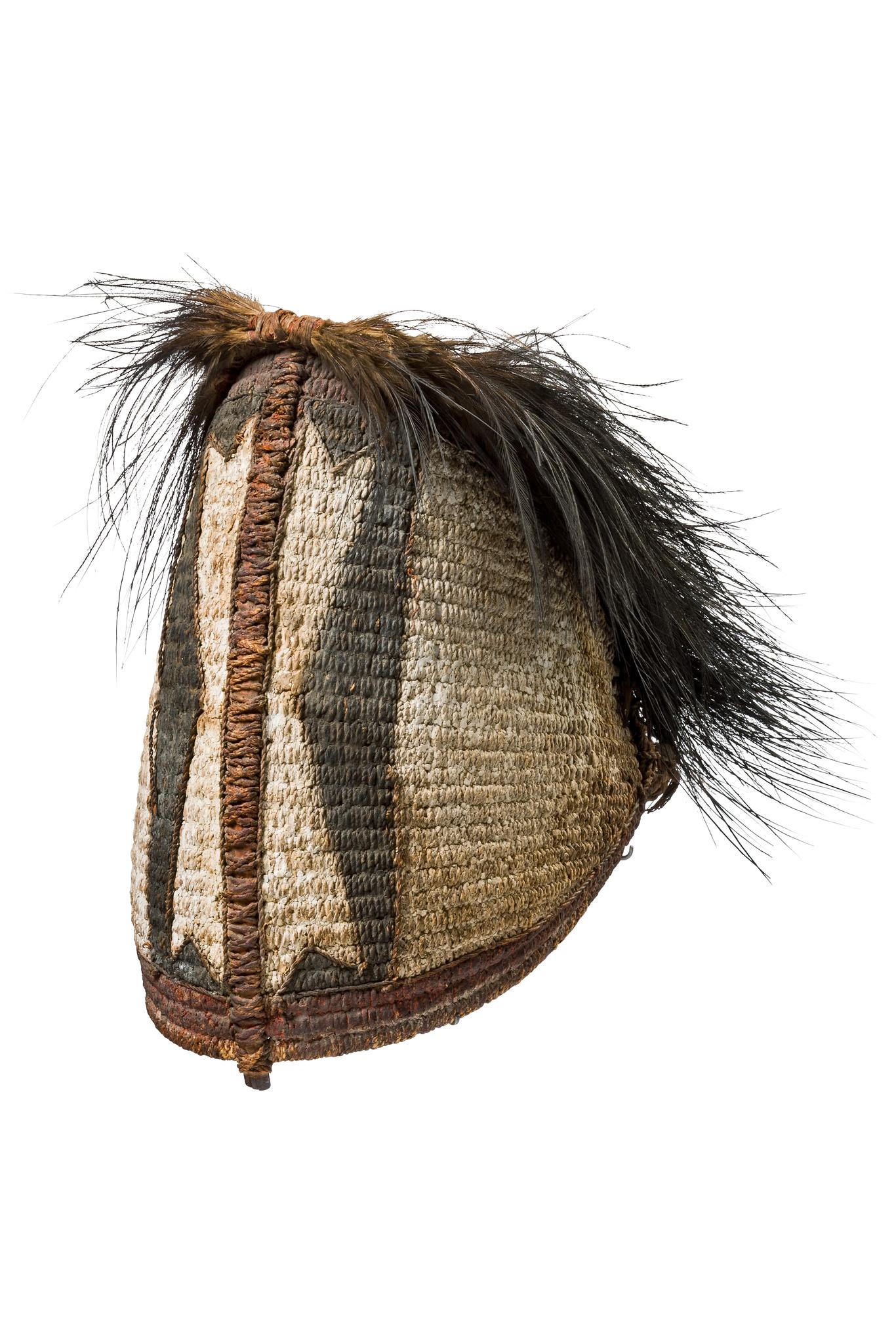 "Rare war headdress ""painale"""