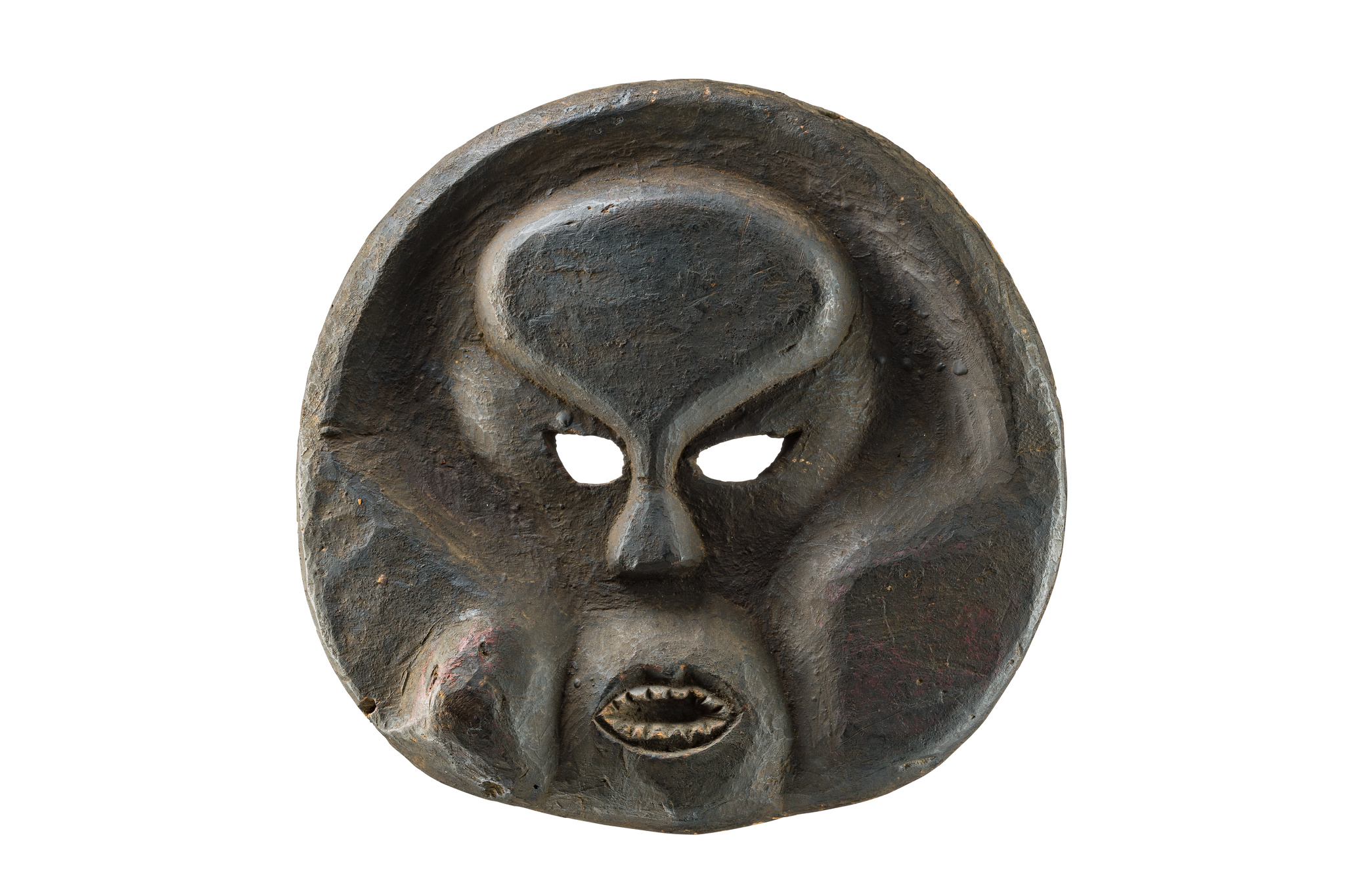 "Large disc-shaped deformation mask ""idiok ekpo"""