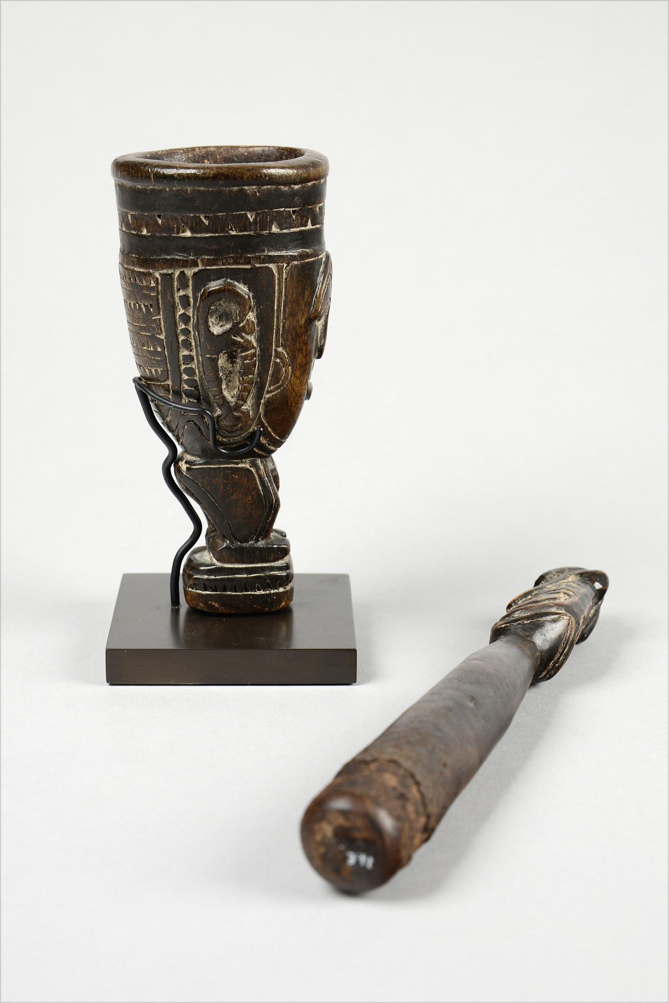 Anthropomorphic mortar and pestle