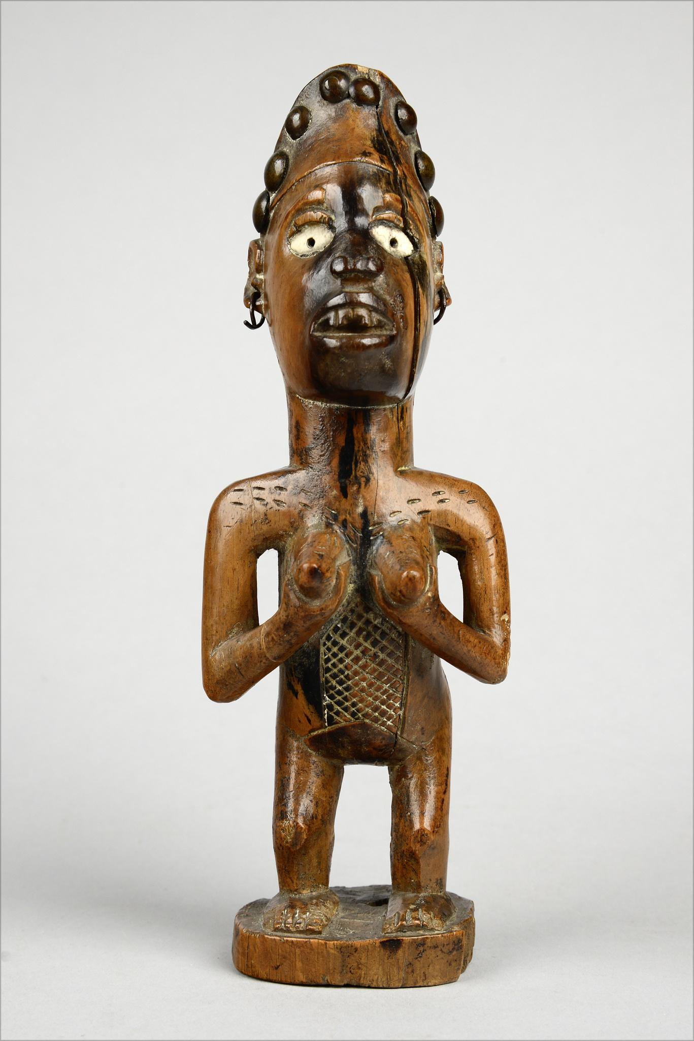 "Female power figure ""nkisi"", before 1904"