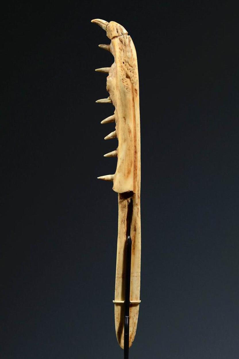 Jawbone lime spatula