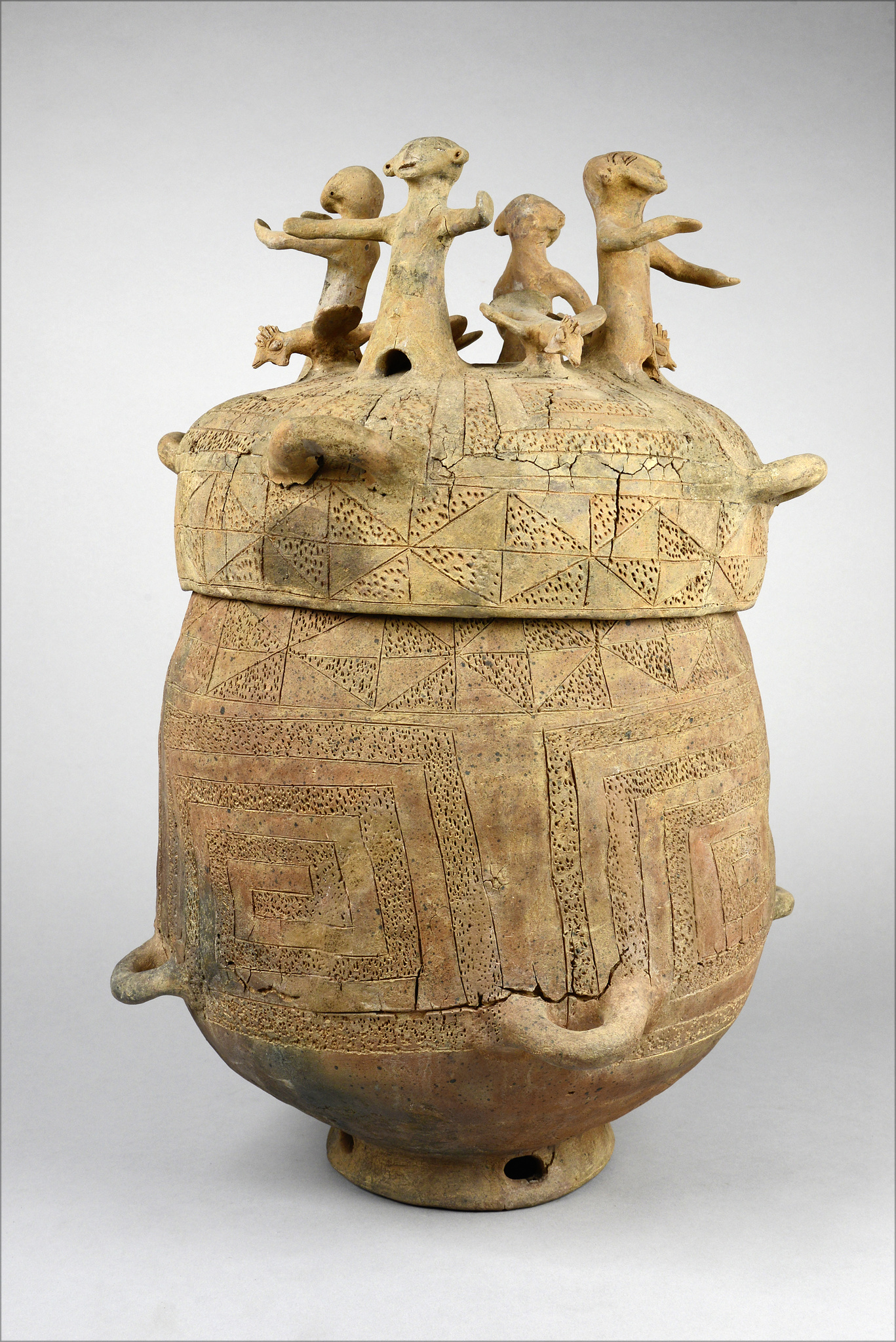 Burial jar with figures and cocks, 19th Century or earlier