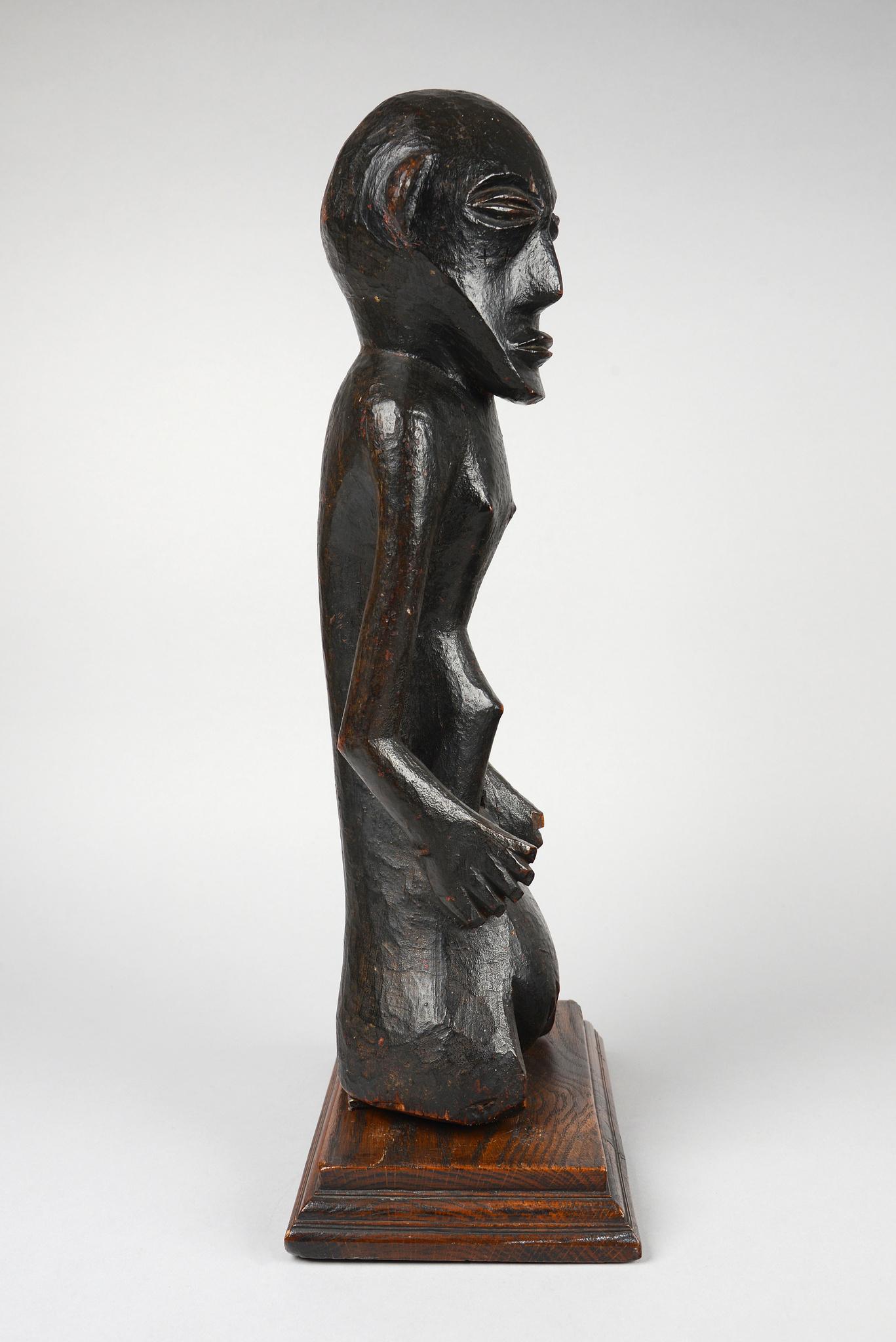 Female trunk figure