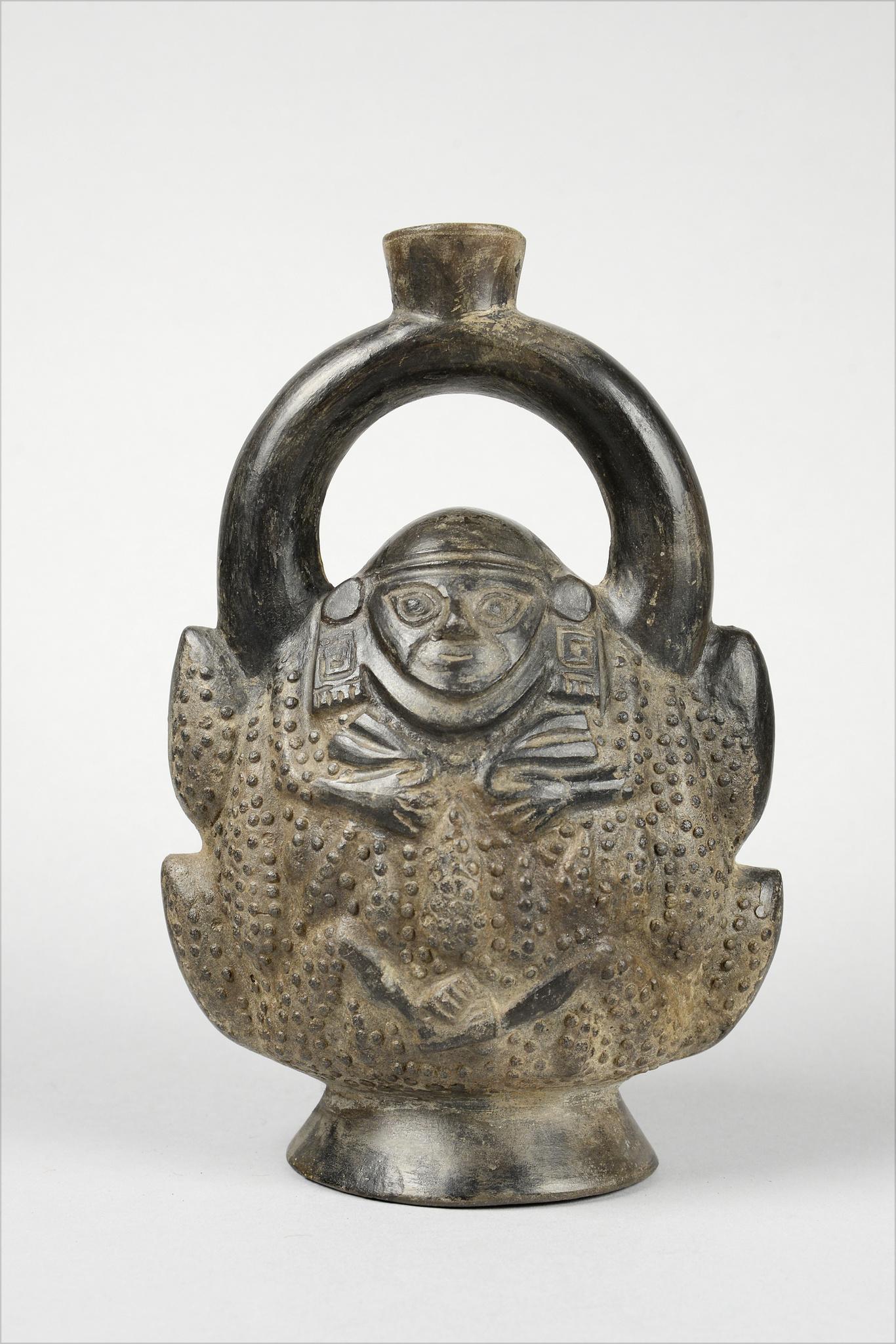 Single spout vessel of a maize deity