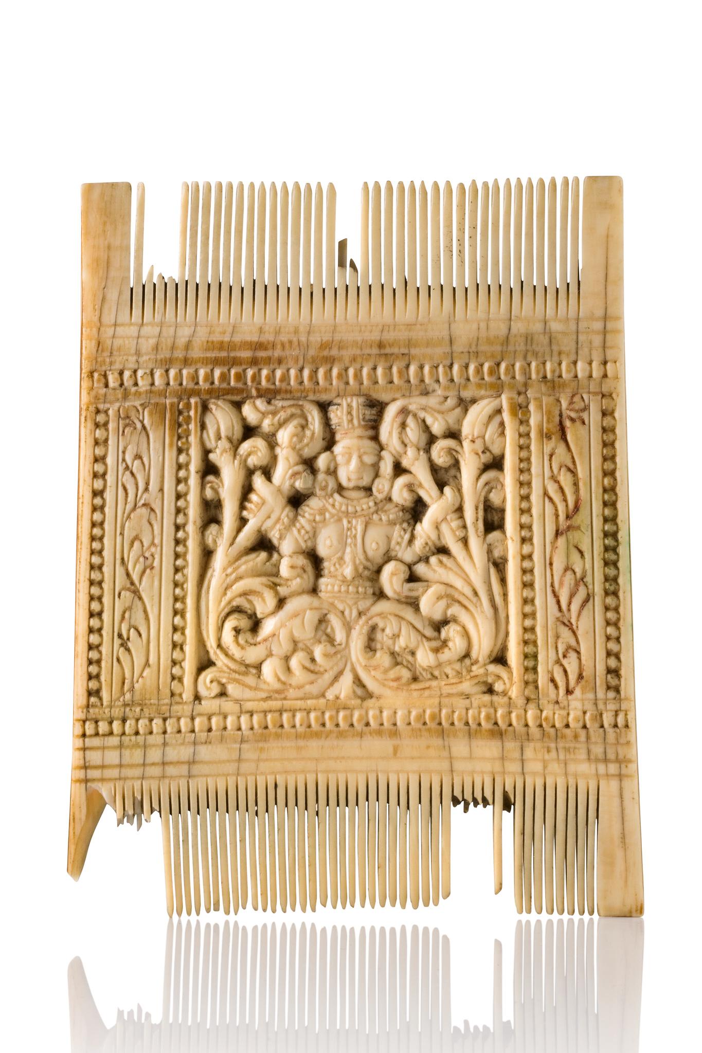 Rare ivory ornamental comb