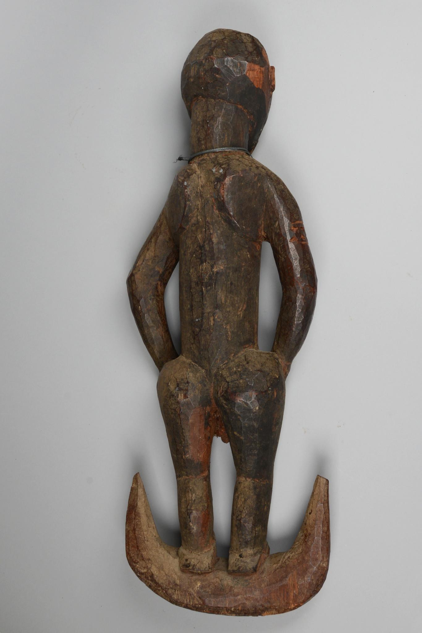 Figural suspension hook