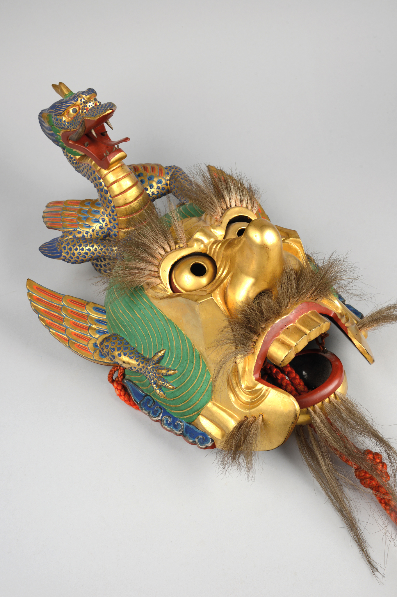 "Mask ""rangryo"" for the ""bugaku"" dance"