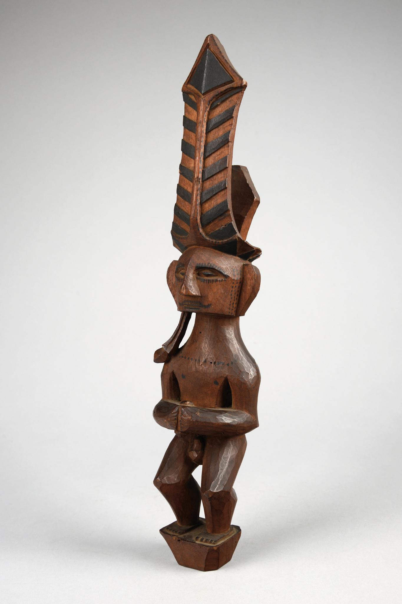 """Male ancestor figure """"adu zatua"""""""