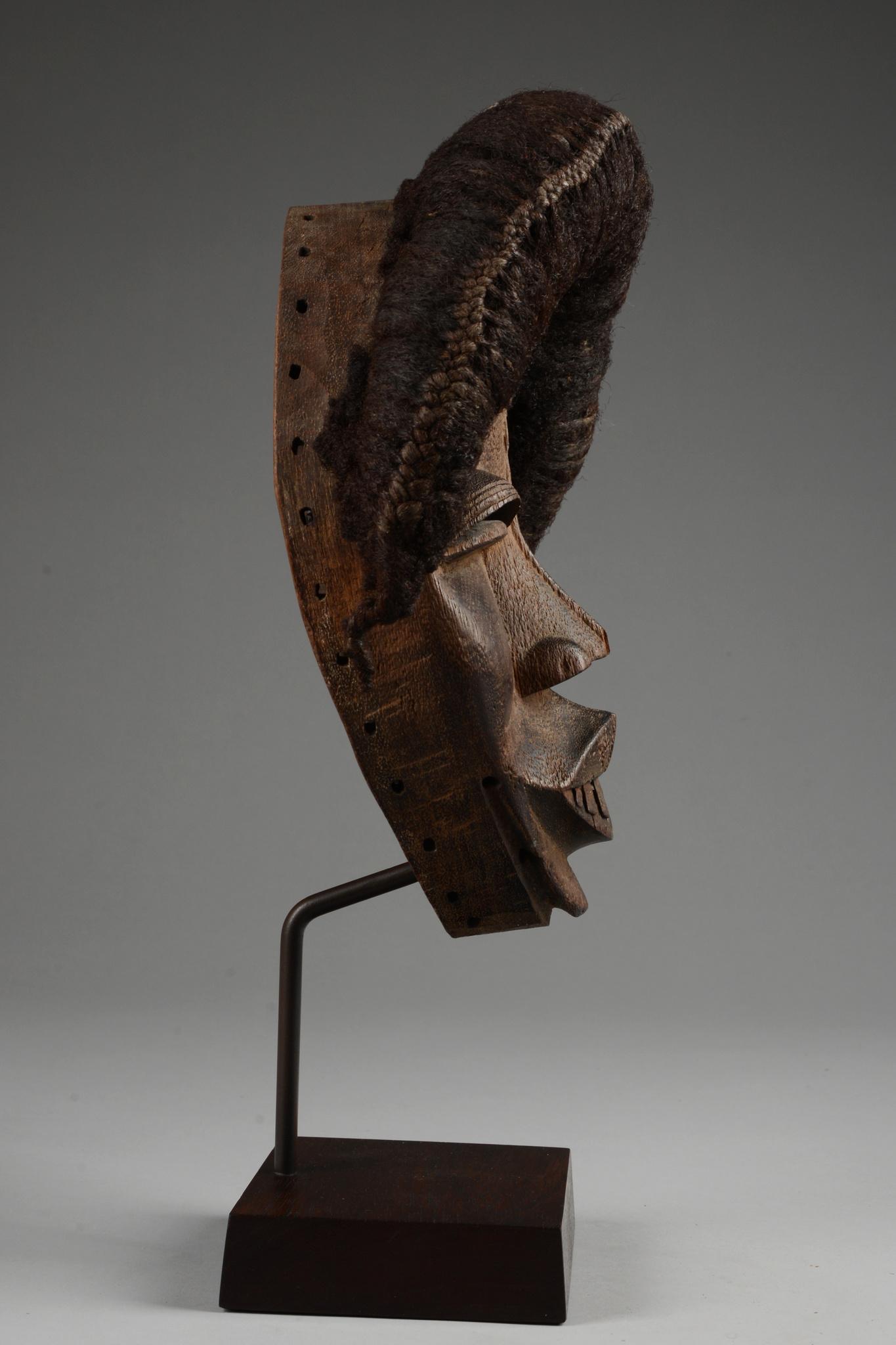 "Anthropomorphic mask ""deangle"" or ""tankagle"""