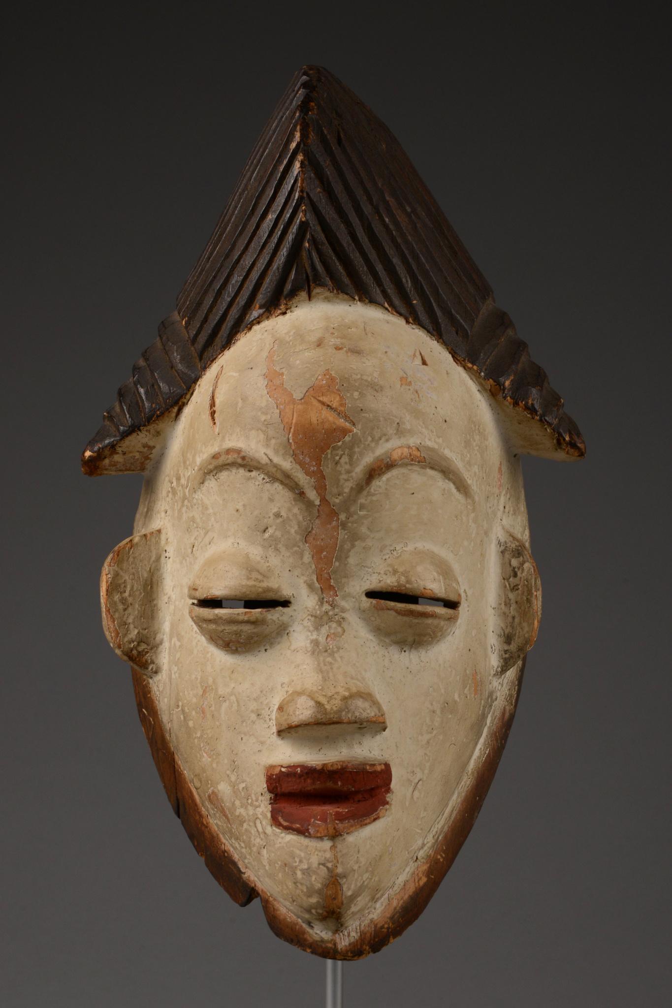 "Weibliche Gesichtsmaske ""okuyi"" oder ""mukudji"""