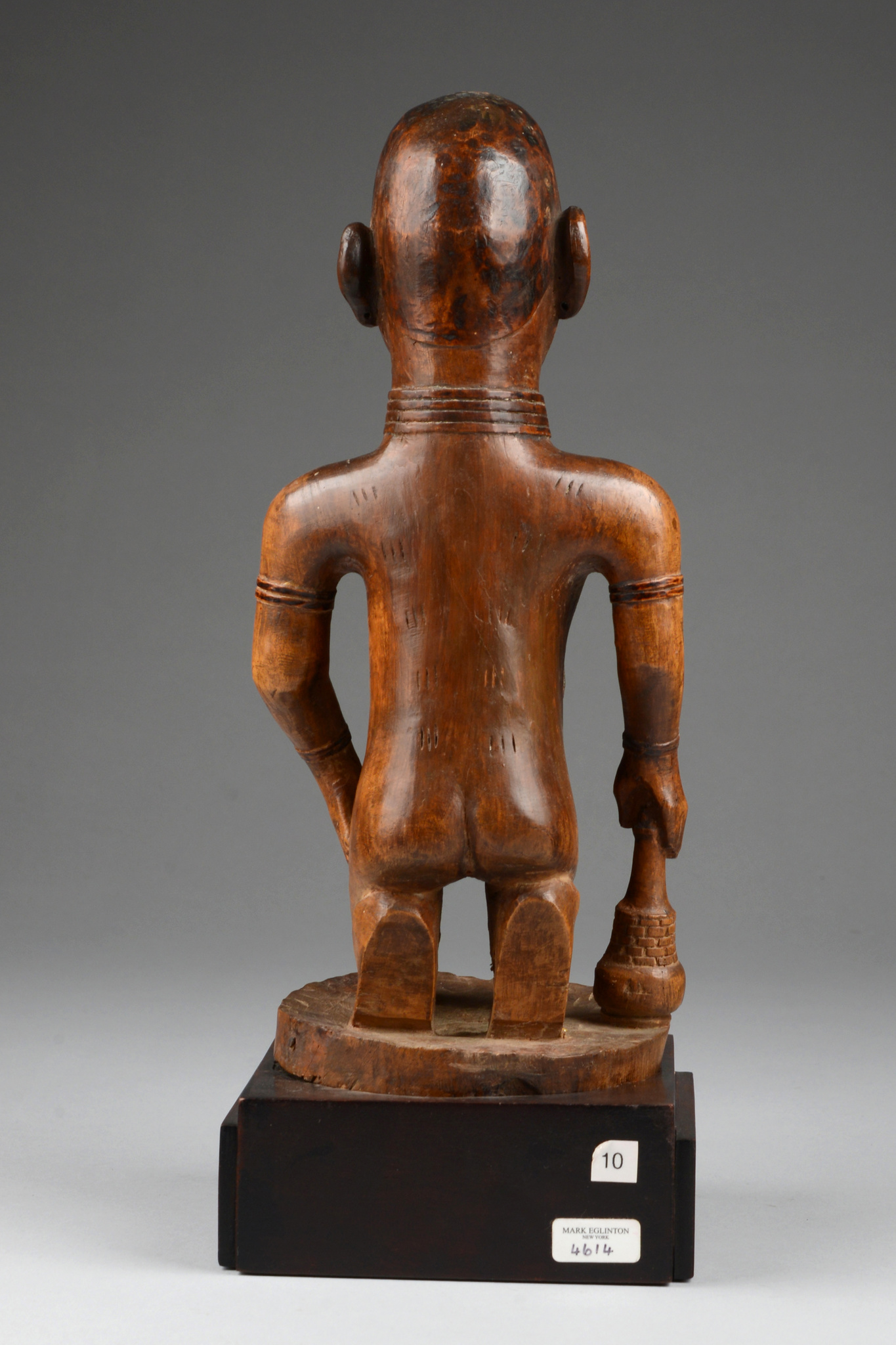 """Kneeling female figure """"nkisi / nkishi"""""""
