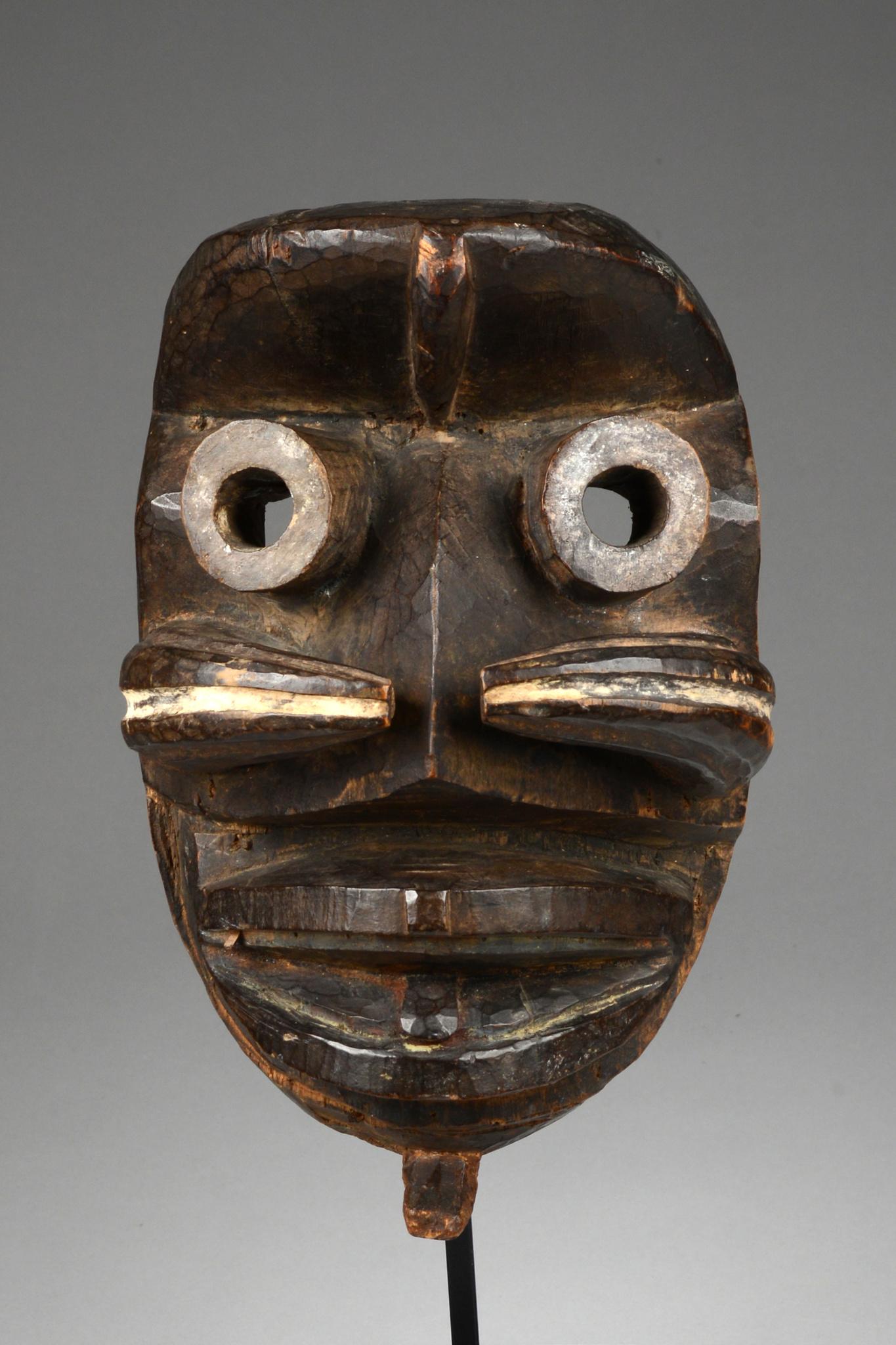 Anthropo- / zoomorphe Maske mit Röhrenaugen