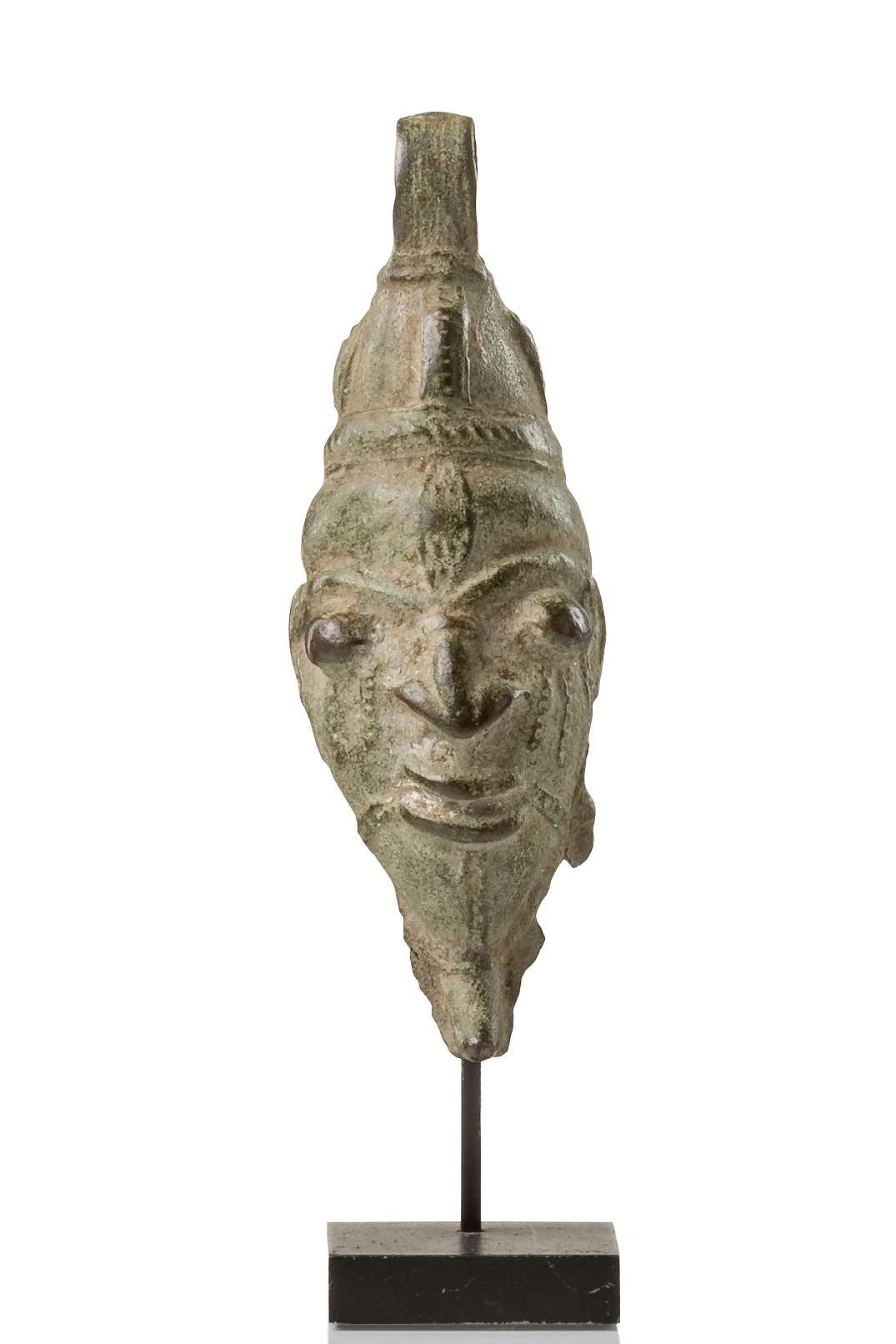 Fragment of a humanoid bell head