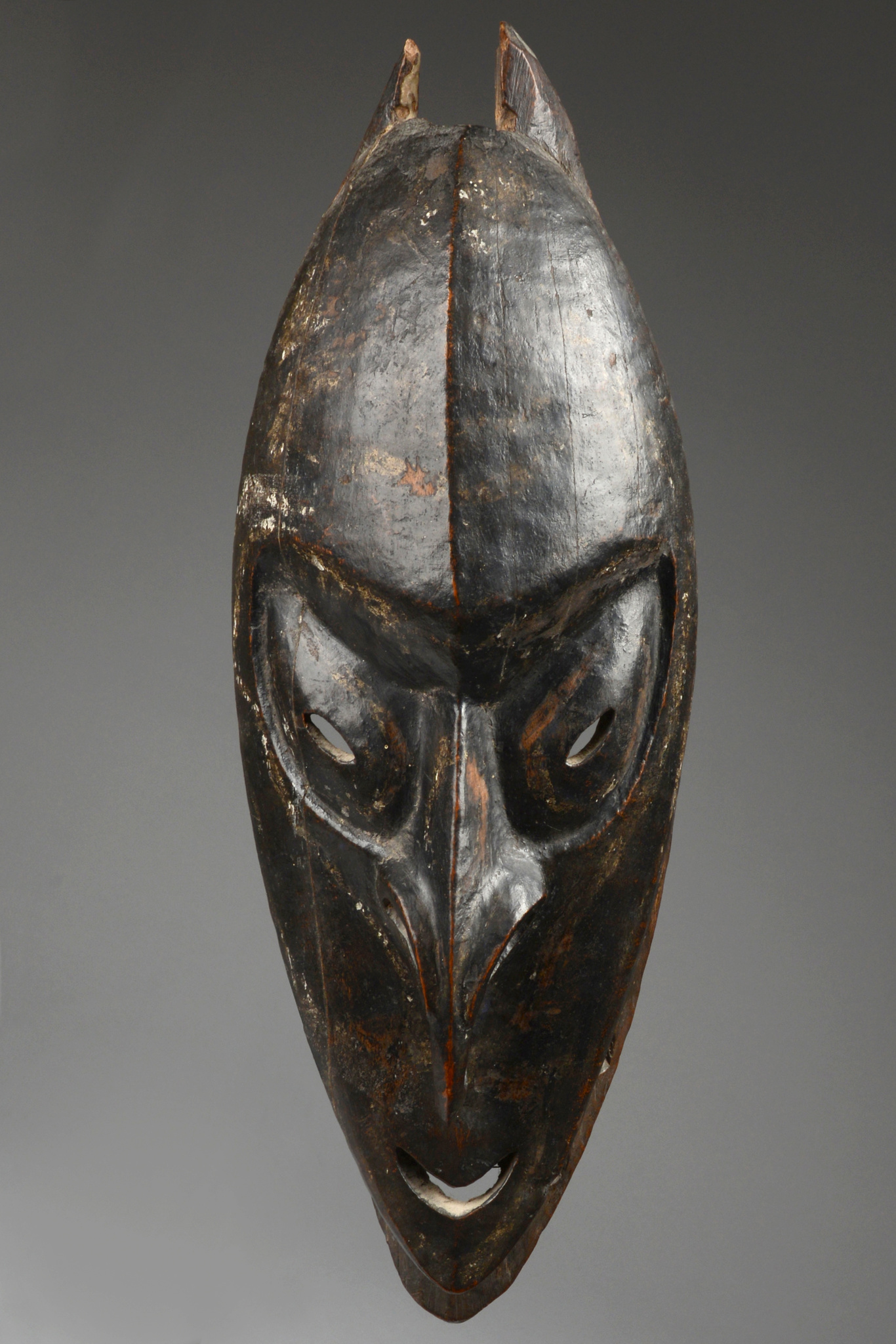 """Brag"" spirit mask"