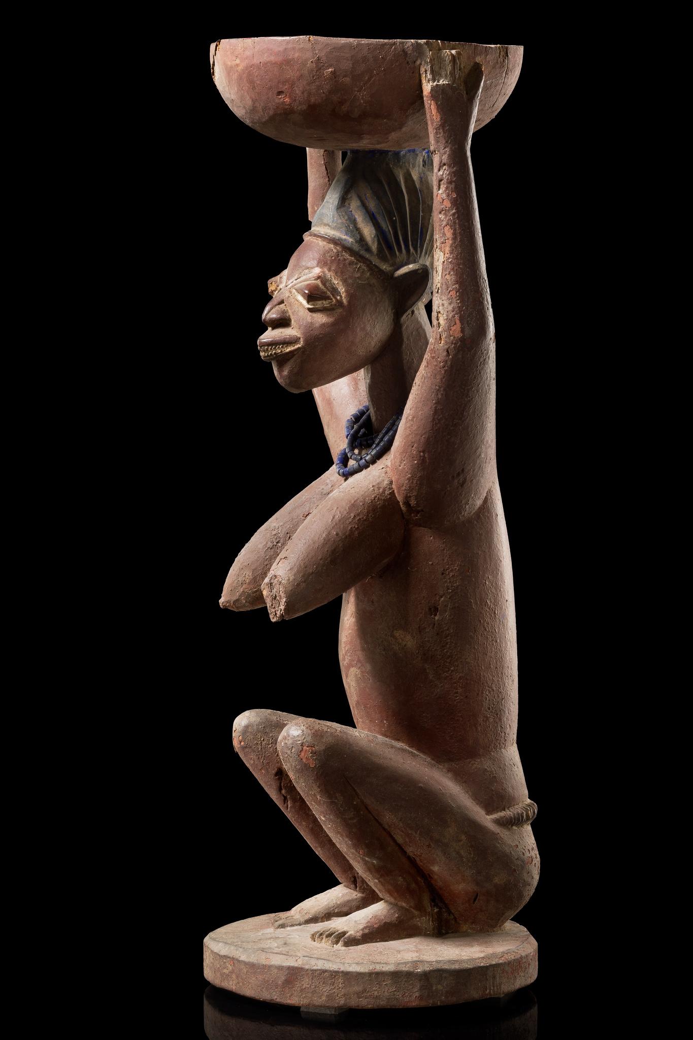 """Female bowl bearer """"arugba shango"""